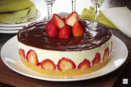 Guia da Cozinha - 9 tortas de brigadeiro para deixar a TPM mais tranquila