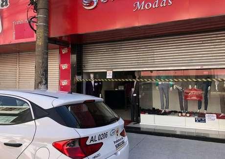 Estabelecimentos comerciais são fechados em Sorocaba por funcionar além do período permitido