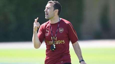 Juan Carlos Carcedo: após auxiliar Unai Emery, espanhol quer iniciar carreira como técnico (Foto: Divulgação Arsenal)