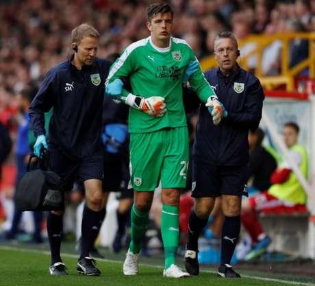 Nick Pope, um dos destaques do Burnley, pode reforçar o Chelsea na próxima temporada (Foto: Reprodução)