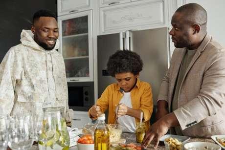 Guia da Cozinha - Saiba qual é o prato e a sobremesa que mais combina com seu pai