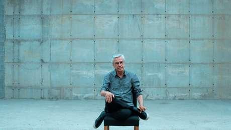 Documentário sobre prisão de Caetano Veloso pela ditadura é selecionado para o Festival de Veneza