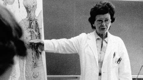 Peters constatou que alguns pacientes ficaram com raiva após uma mastectomia radical.
