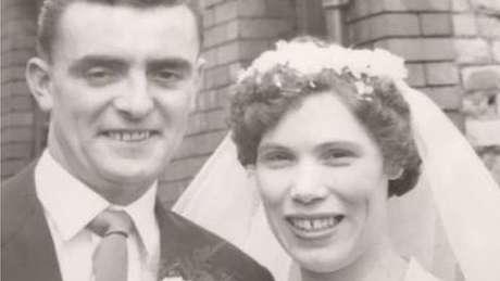 John e Mary Boxer no dia do casamento, em 23 de julho de 1960
