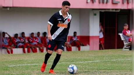 Gabriel Pec chegou no Vasco aos oito anos, e vem crescendo no clube (Foto: Betinho Martins/Divulgação)