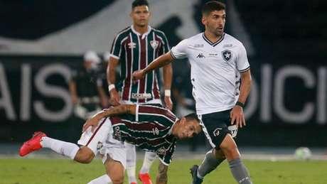 Barrandeguy em ação contra o Fluminense (Foto: Vítor Silva/Botafogo)