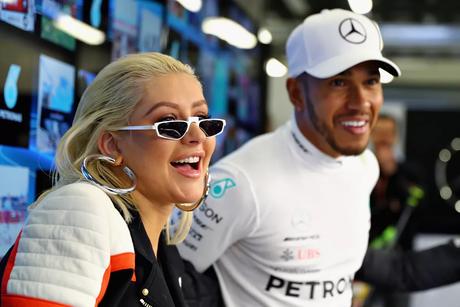 Christina Aguilera esteve nos boxes da Mercedes em Baku 2018
