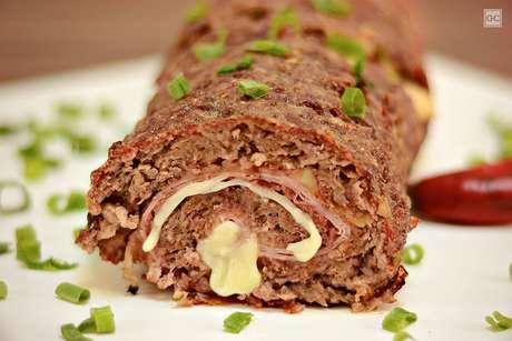 Guia da Cozinha - 7 receitas de rocambole de carne para um jantar prático