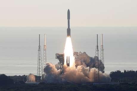 Sonda Perserverance, da Nasa, é lançada em direção a Marte do Cabo Canaveral, na Flórida 30/07/2020 REUTERS/Joe Skipper