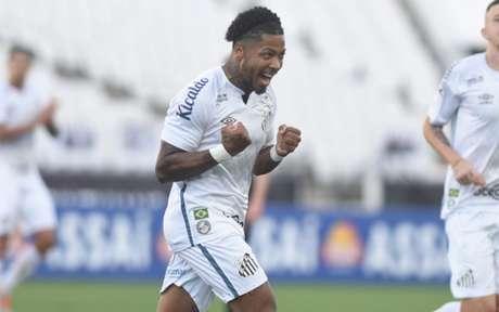 Marinho tem 31 jogos pelo Santos e 10 gols (Foto: Reprodução/Twitter)