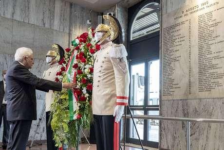 Mattarella é o 2º presidente a participar de homenagem em estação