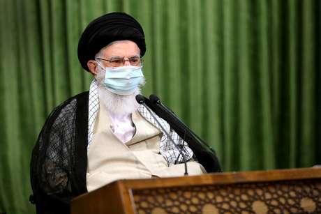 Líder supremo do Irã, aiatolá Ali Khamenei, em Teerã 12/07/2020 Site Oficial de Khamenei/Divulgação via REUTERS