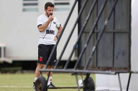 Ramon Menezes assumiu o comando do Vasco em março, mas só teve os primeiros testes após a volta do futebol em junho (Foto: Rafael Ribeiro/Vasco)