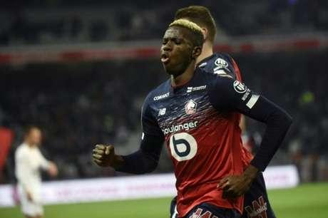 Victor Osimhen marcou 18 gols em 38 partidas pelo Lille na temporada (AFP)