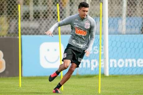 Cantillo já teve prorrogação regularizada e pode jogar neste domingo pelo Timão (Foto: Rodrigo Coca/Ag. Corinthians)