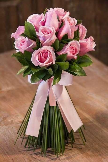60. Flor rosa cor-de-rosa – Via: Pinterest