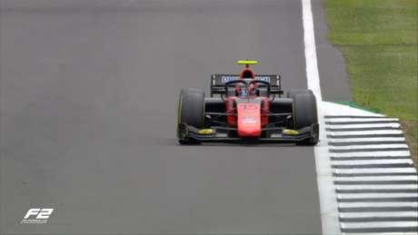 Felipe Drugovich tirou um coelho da cartola e levou a pole-position em Silverstone