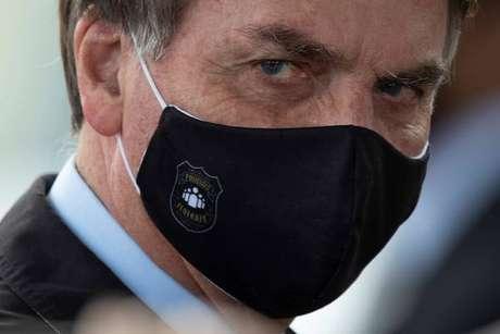 Bolsonaro afirmou que está tomando antibiótico por conta de infecção
