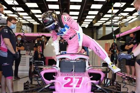 Nico Hülkenberg entra na 'Mercedes rosa' para substituir Sergio Pérez no GP da Inglaterra