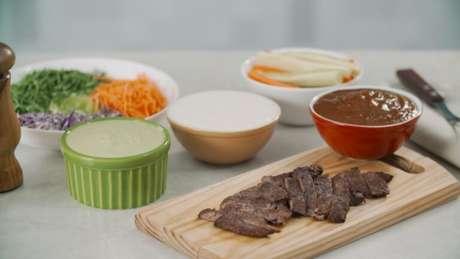 Guia da Cozinha - 3 molhos para deixar o churrasco de Dia dos Pais perfeito!