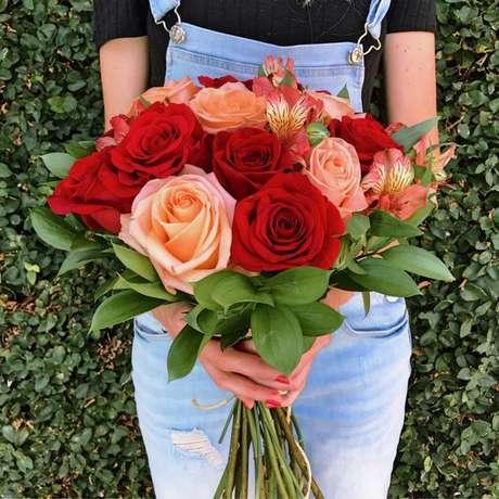 34. Rosas colombianas são lindas para decorar seu buquê – Via: Pinterest