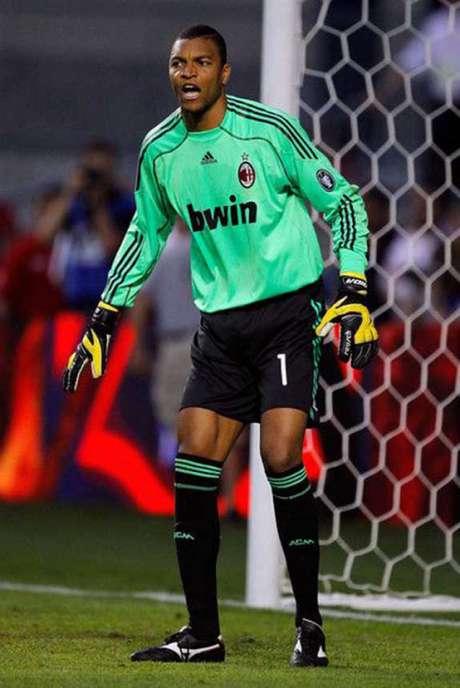 Dida fez 302 jogos pelo Milan (Foto: Divulgação/AC Milan)