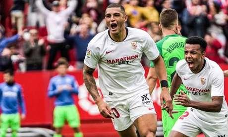 Desde que chegou ao Sevilla em 2019, Diego Carlos já disputou 31 partidas e marcou 2 gols (Divulgação/Sevilla)