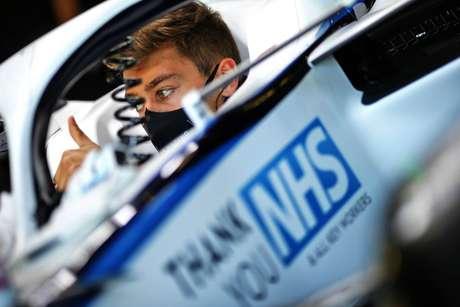 Um dos ingleses do grid, George Russell terminou o dia com a 17ª posição