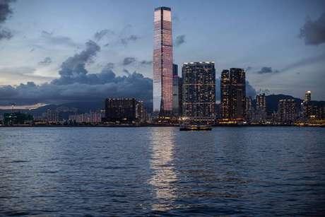 Pela sétima vez, um país anuncia uma punição contra Hong Kong por crise política com a China