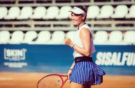 Croata Donna Vekic venceu a holandesa Arantxa Rus, por 2 sets a 0