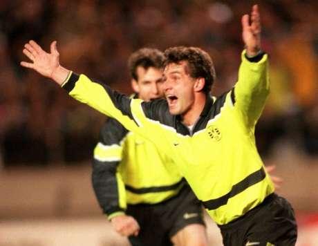 Michael Zorc, ex-jogador e atual diretor esportivo do Dortmund, criticou Uli Hoeness (TOSHIFUMI KITAMURA / AFP)