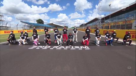 Pilotos protestam contra o racismo antes do GP da Inglaterra de F1