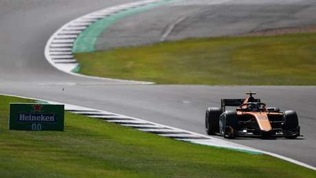 Guilherme Samaia teve outro fim de semana complicado na F2
