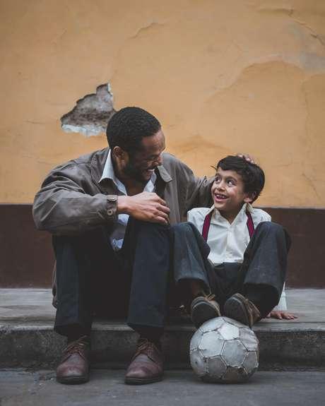 Estudos mostram que uma paternidade qualitativamente mais presente traz uma série de benefícios para a criança