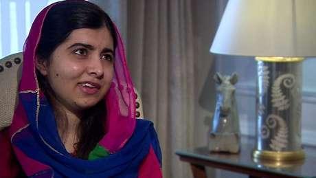 'Conheci garotas em todo o país e aprendi sobre sua luta pela educação e por igualdade, portanto sei muito bem quão fortes são as meninas brasileiras', diz Malala em entrevista exclusiva à BBC News Brasil