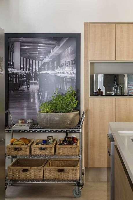 60. Bares e restaurantes são retratados em muitos quadros decorativos para cozinha. Fonte: Pinterest