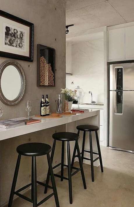 55. Composição de quadros decorativos para cozinha fixados de forma harmônica. Fonte: Pinterest