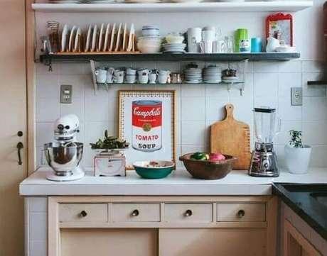 26. Quadro para decorar cozinha com imagem vintage. Fonte: Alto Astral