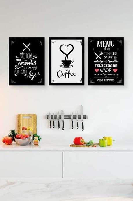 19. Quadros decorativos para cozinha com frases fazem sucesso entre o público. Fonte: Pinterest