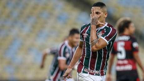 Gilberto está perto de deixar o Fluminense (Foto: LUCAS MERÇON / FLUMINENSE)