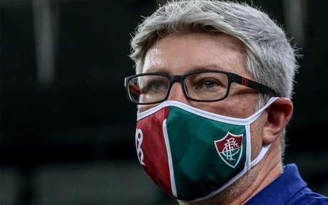 Treinador terá desfalques para estreia do Brasileirão - LUCAS MERÇON / FLUMINENSE F.C.