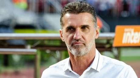'Amistosos que fizemos nos dão parâmetro do que esperar da equipe, mas não da competição', afirmou treinador (Gero Rodrigues/Ofotografico/Lancepress!)