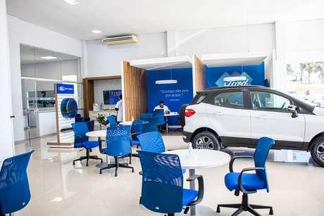 Showroom da Econorte Taubaté segue o padrão Ford Signature, com wi-fi e muito conforto.
