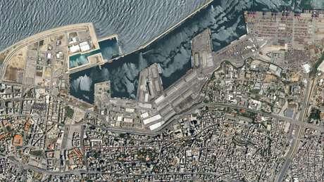 Imagem de satélite mostra área afetada por explosão no Líbano