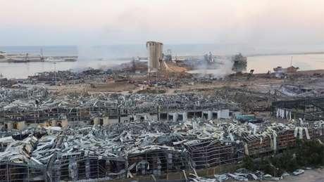 Pelo porto de Beirute, o local da explosão, passam 60% das importações do país; mais de 100 pessoas morreram e outras 5 mil ficaram feridas