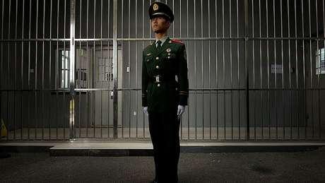Observadores dizem que a China está cada vez mais disposta a anular condenações injustas, mas apenas criminais, não políticas