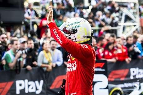 Vettel precisa deixar a Ferrari para voltar a ser feliz na Fórmula 1