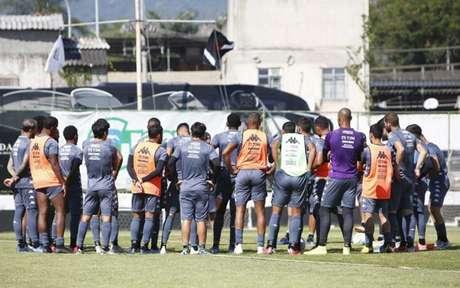 Grupo do Vasco vem sofrendo menos com salários atrasados nos últimos meses (Foto: Rafael Ribeiro/Vasco)