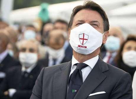 O primeiro-ministro da Itália, Giuseppe Conte, em inauguração de ponte em Gênova