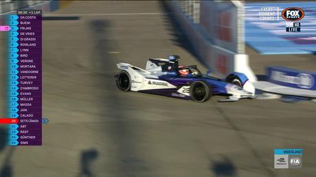 Maximilian Günther perdeu parte da asa dianteira
